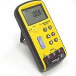 АМ-7070 – Калибратор напряжения и тока