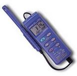 CENTER 311 – Измеритель температуры и влажности
